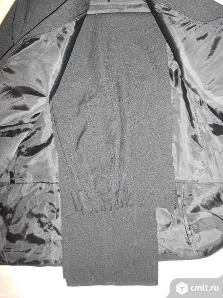 Школьный детский костюм (пиджак,брюки,жилет). Фото 3.