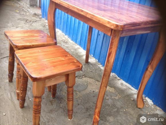 Стол кухонный и 4табуретки. Фото 2.