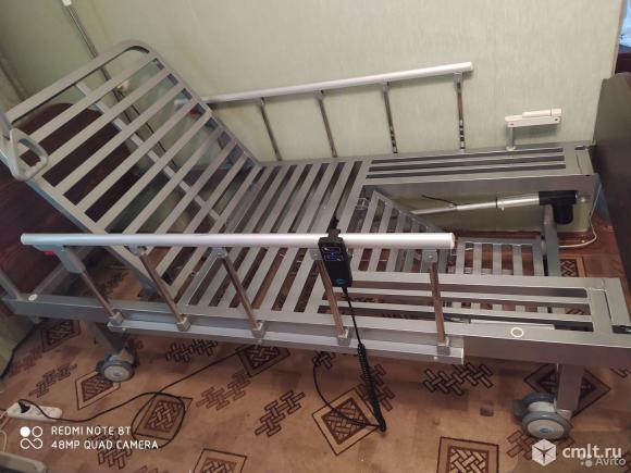 Кровать с электро приводом для лежащих больных. Фото 4.