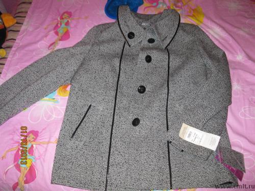 Демисезонное пальто новое. Фото 1.