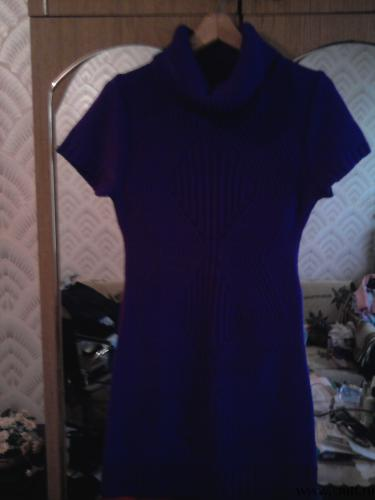 Платье вязанное
