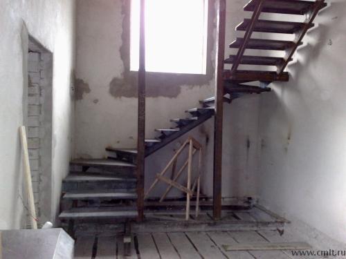 Лестницы металлические. Комбинированные. Под обшивку деревом