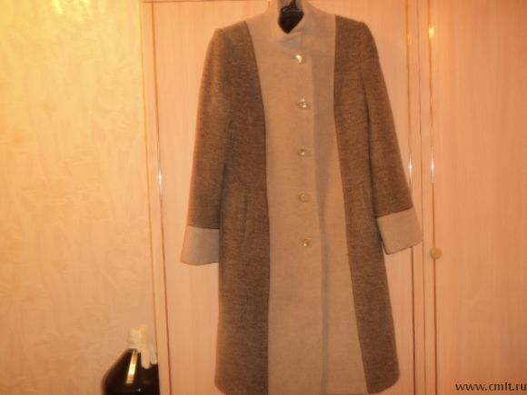 Демисезонное пальто. Фото 1.