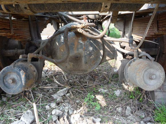 Для МАЗ-54323 задний мост, рама, седло высокое. Фото 3.