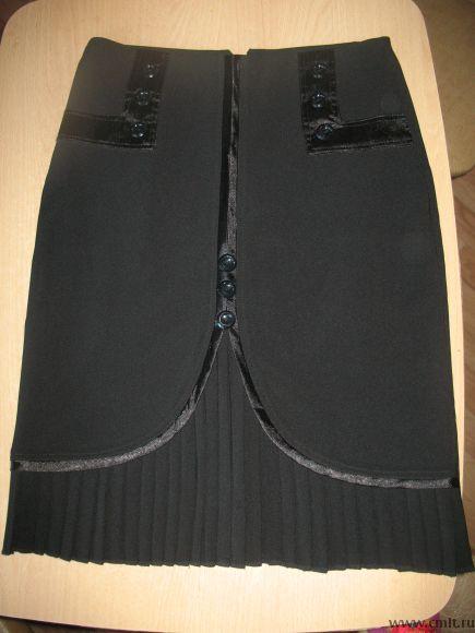 Продам новую черную юбку 46 размера обмен. Фото 1.