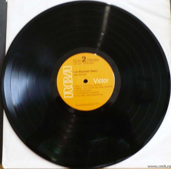 "Грампластинка (винил). Гигант [12"" LP]. John Hartford. Iron Mountain Depot. 1970. RCA Victor. США.. Фото 6."