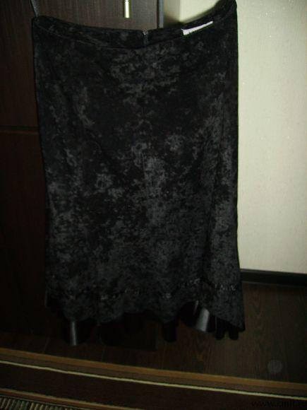 Продаю новую женскую юбку, размер 46